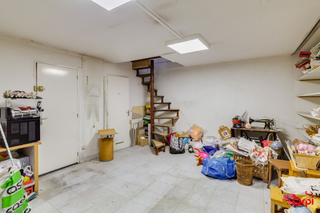Appartement à vendre 2 69m2 à Marseille 4 vignette-11