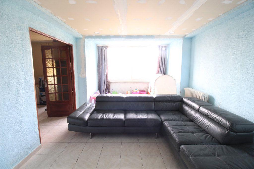 Appartement à vendre 5 93m2 à Marseille 13 vignette-2
