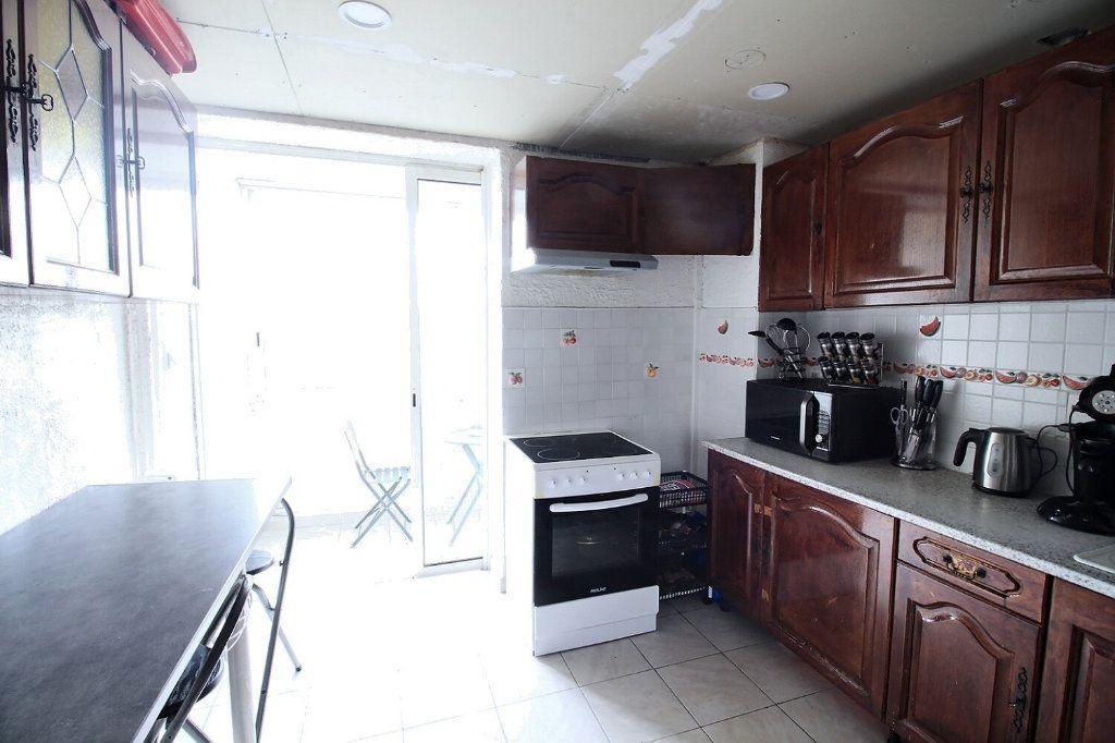 Appartement à vendre 5 93m2 à Marseille 13 vignette-6