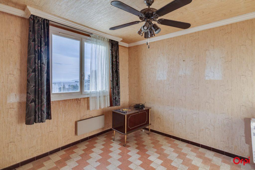 Appartement à vendre 4 65m2 à Marseille 14 vignette-7