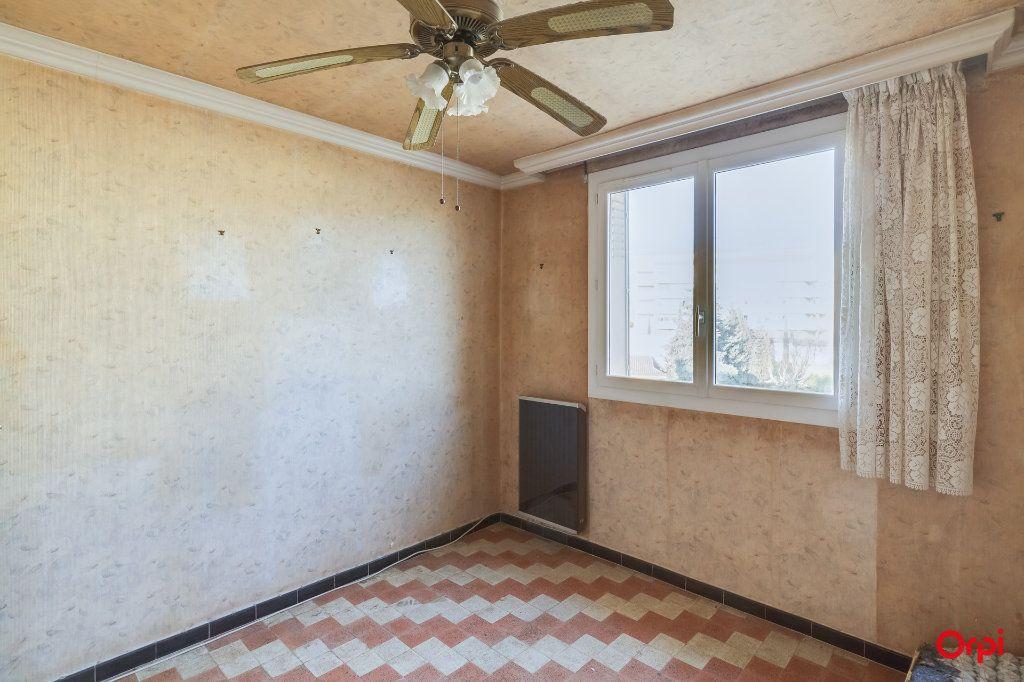 Appartement à vendre 4 65m2 à Marseille 14 vignette-8