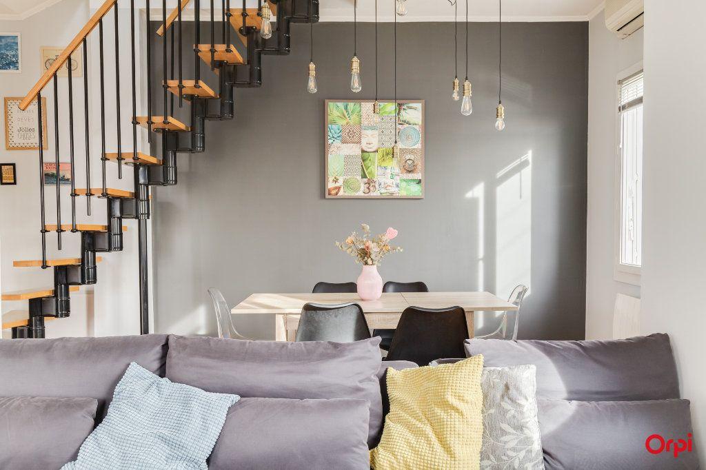 Appartement à vendre 3 80.25m2 à Marseille 12 vignette-3