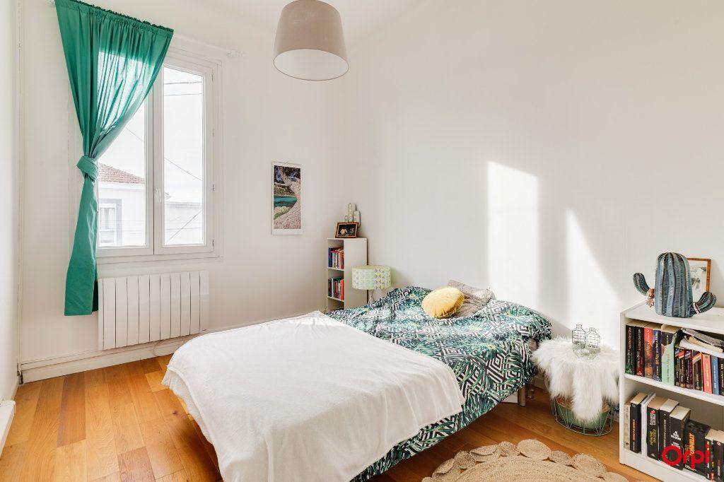 Appartement à vendre 3 80.25m2 à Marseille 12 vignette-4