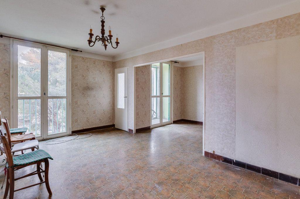 Appartement à vendre 5 79m2 à Marseille 12 vignette-2