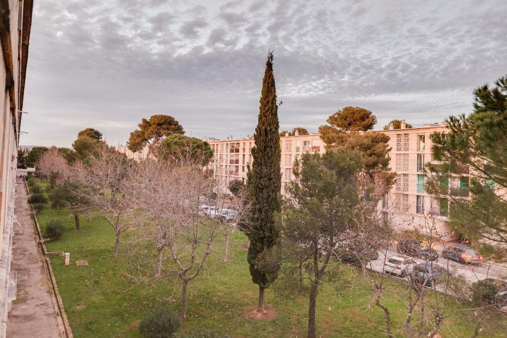 Appartement à vendre 5 79m2 à Marseille 12 vignette-3