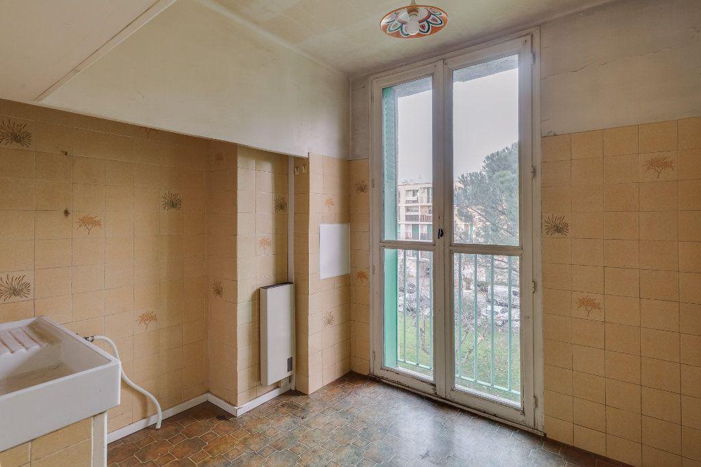Appartement à vendre 5 79m2 à Marseille 12 vignette-6