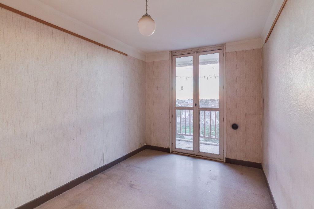 Appartement à vendre 5 79m2 à Marseille 12 vignette-7