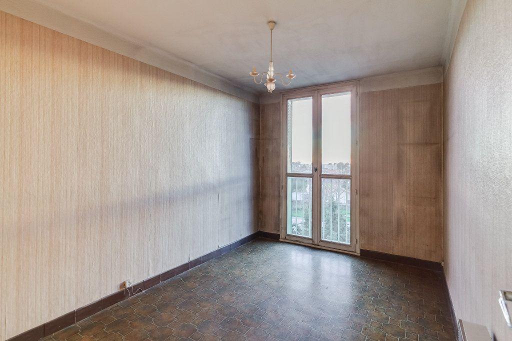 Appartement à vendre 5 79m2 à Marseille 12 vignette-8