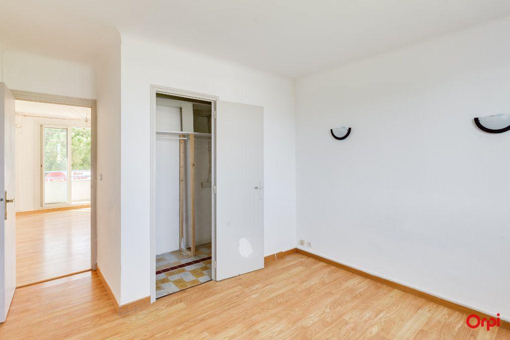 Appartement à louer 3 55m2 à Marseille 12 vignette-6