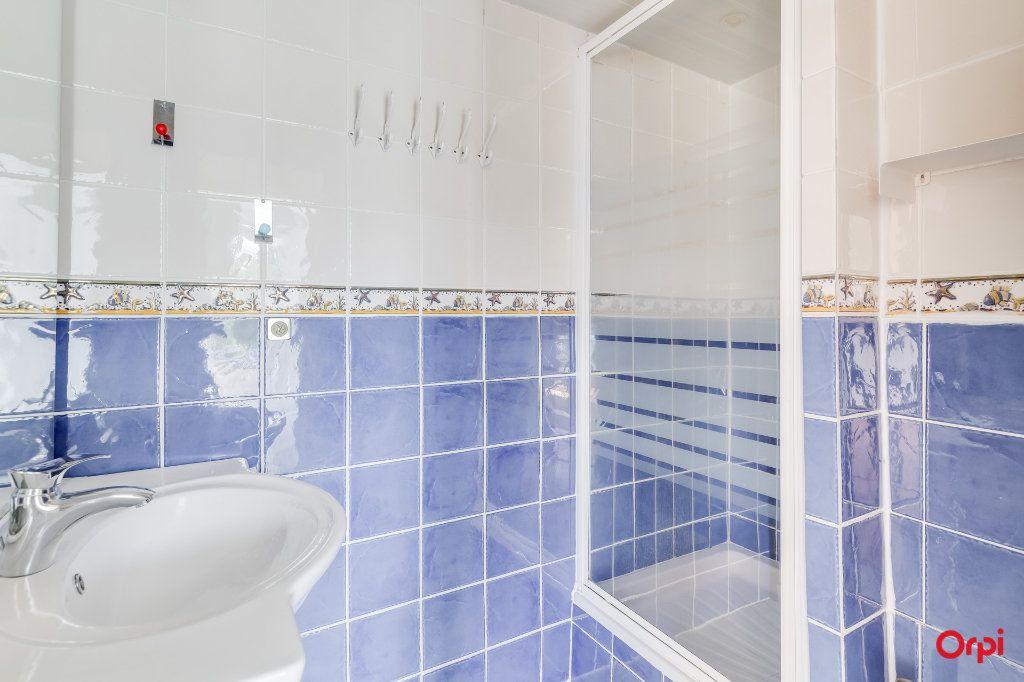 Appartement à louer 3 55m2 à Marseille 12 vignette-7