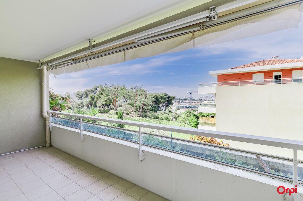 Appartement à vendre 3 65.27m2 à Marseille 12 vignette-4