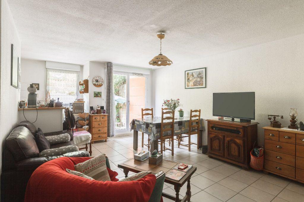 Appartement à vendre 2 41m2 à Marseille 14 vignette-3