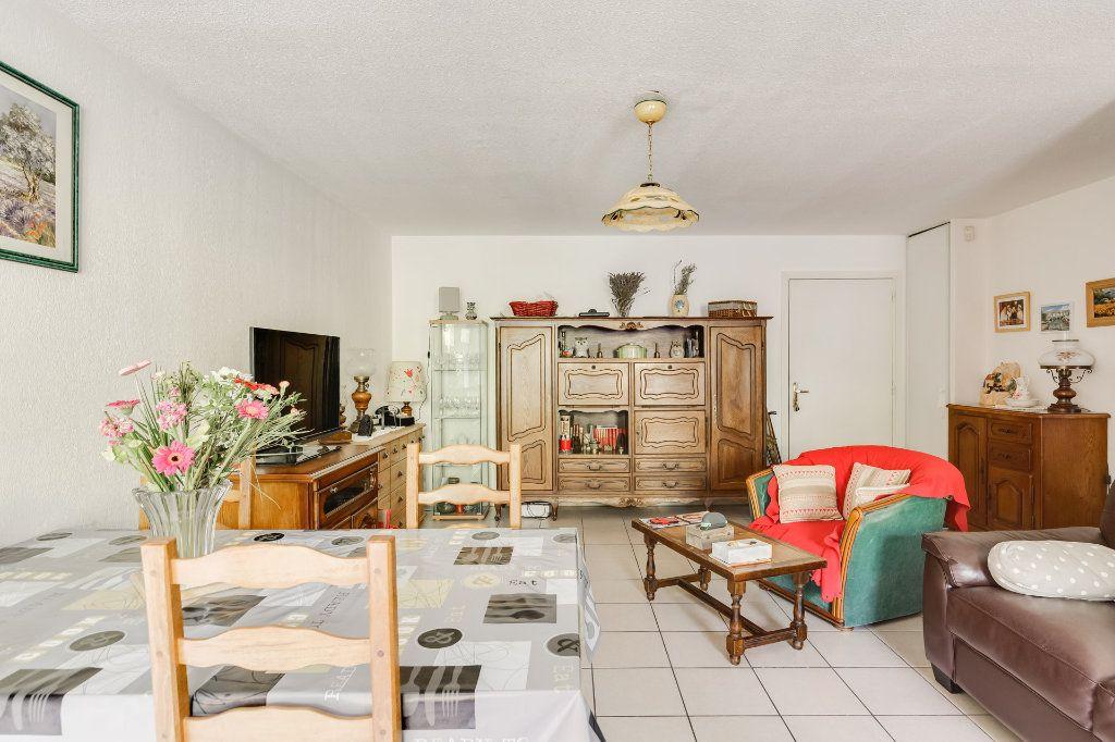 Appartement à vendre 2 41m2 à Marseille 14 vignette-5