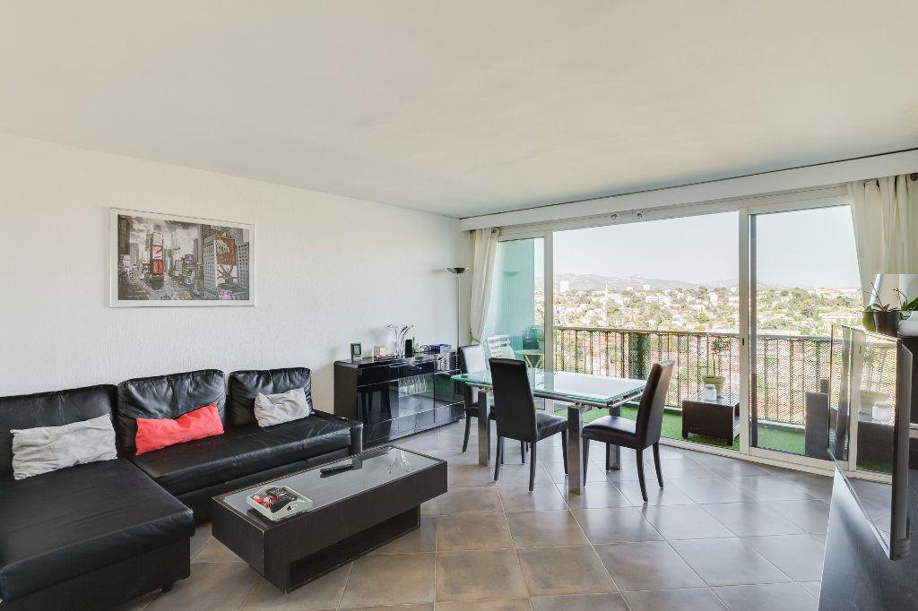 Appartement à vendre 4 88m2 à Marseille 13 vignette-2