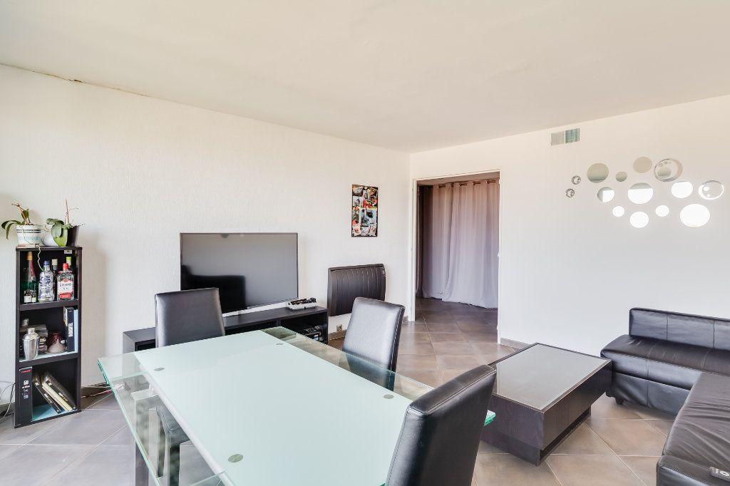 Appartement à vendre 4 88m2 à Marseille 13 vignette-3