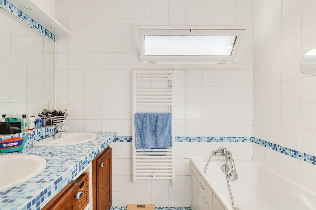 Appartement à vendre 4 88m2 à Marseille 13 vignette-7