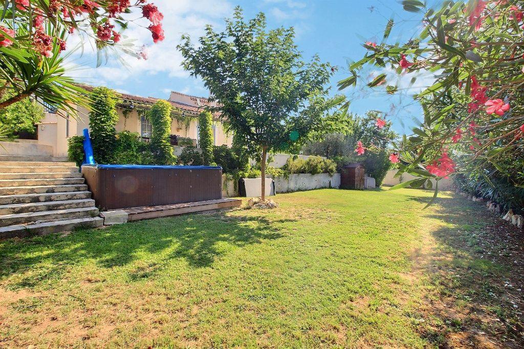 Maison à vendre 6 200m2 à Marseille 13 vignette-3