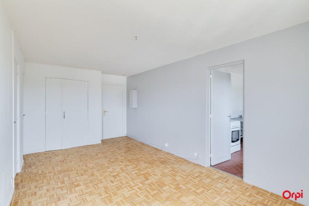 Appartement à louer 2 0m2 à Marseille 12 vignette-6