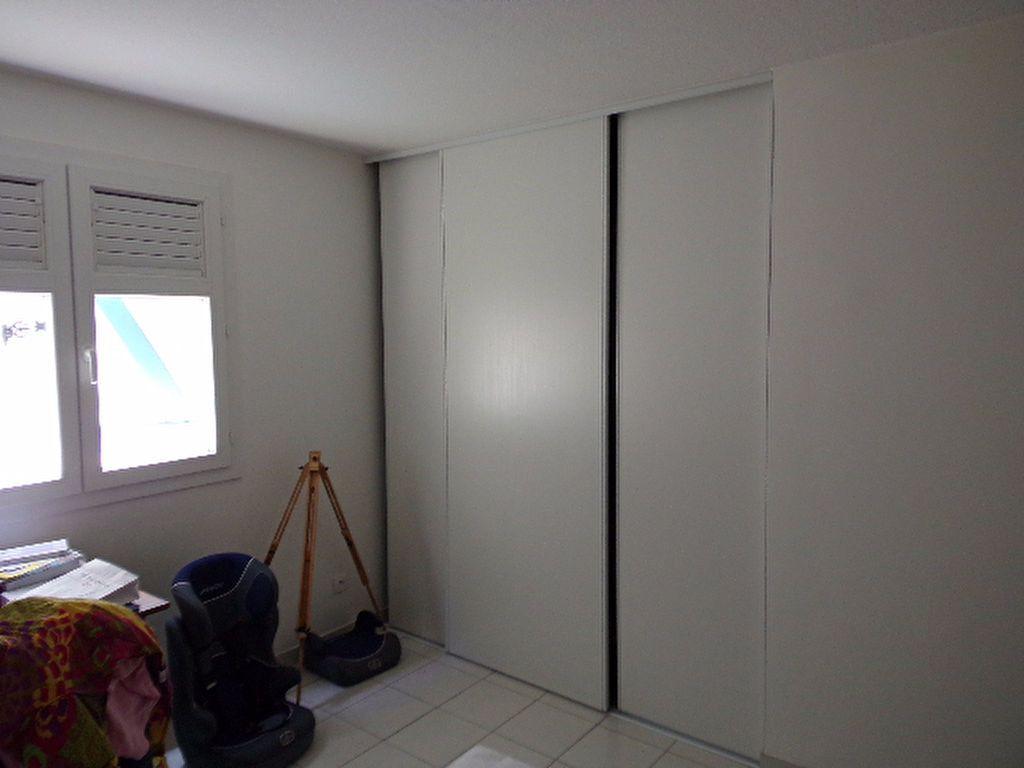 Appartement à louer 3 66.03m2 à Les Trois-Îlets vignette-5
