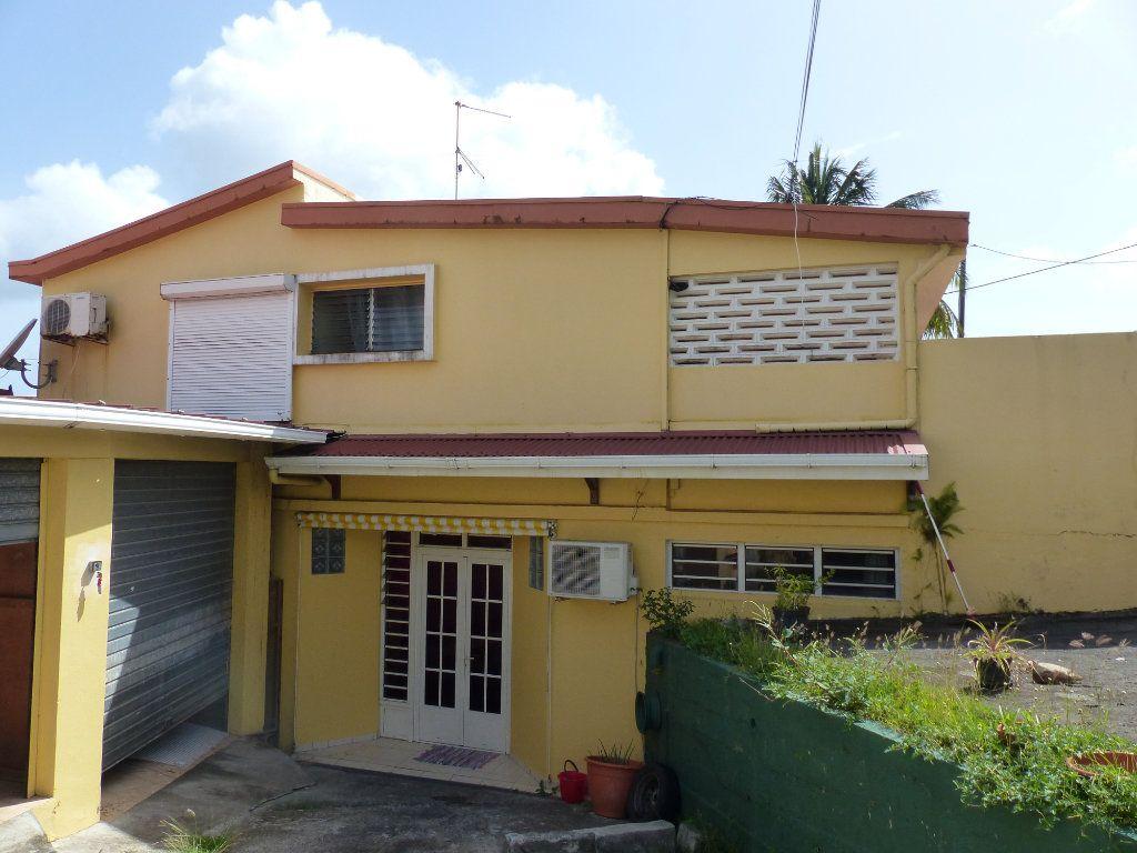 Immeuble à vendre 0 267m2 à Ducos vignette-1
