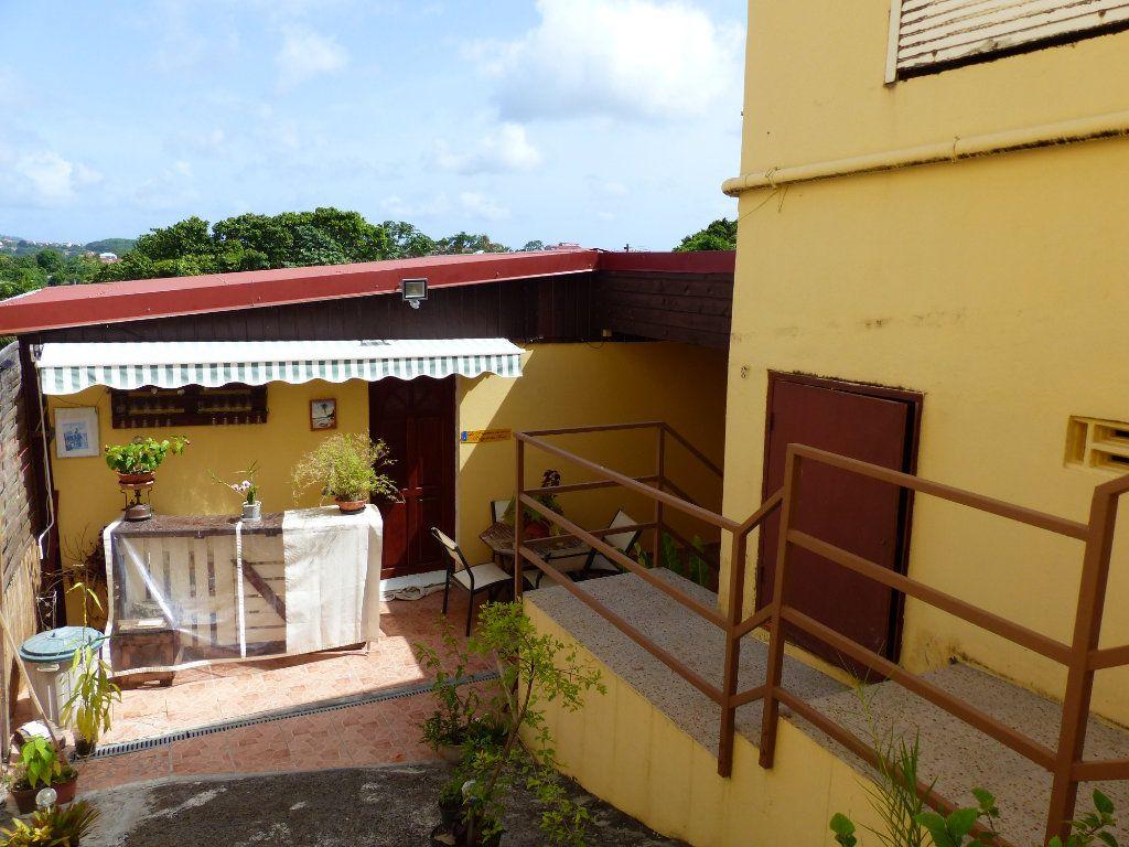 Immeuble à vendre 0 267m2 à Ducos vignette-2
