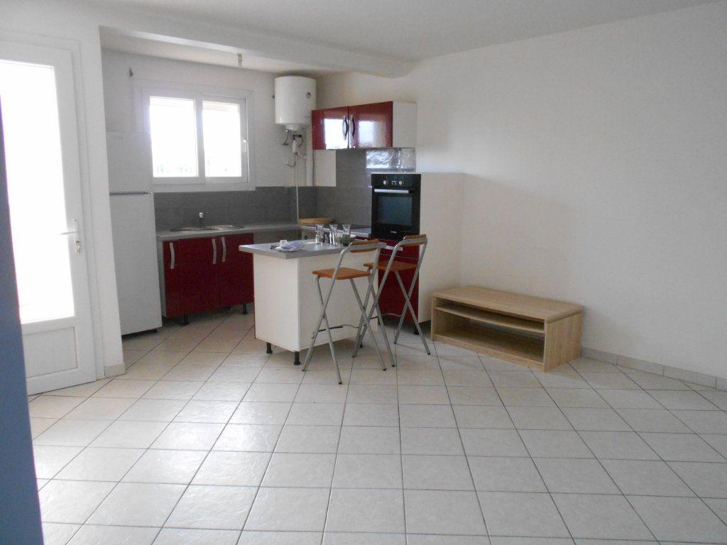 Appartement à vendre 2 39.28m2 à Le Lamentin vignette-2