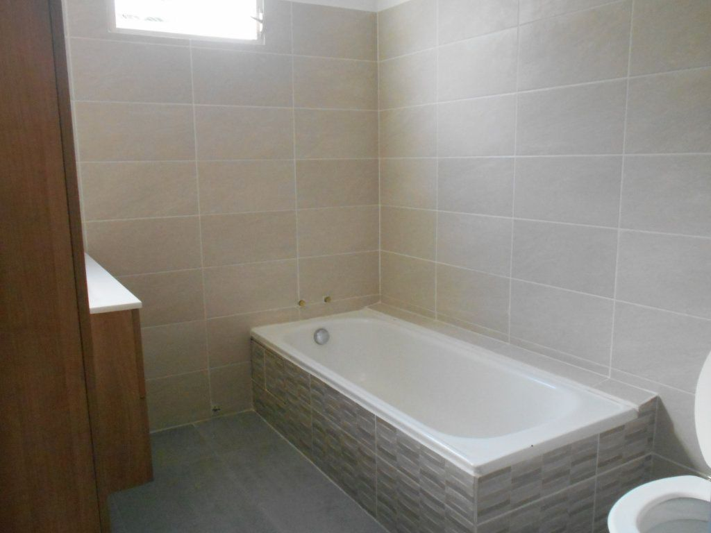 Appartement à louer 4 74.5m2 à Sainte-Luce vignette-5