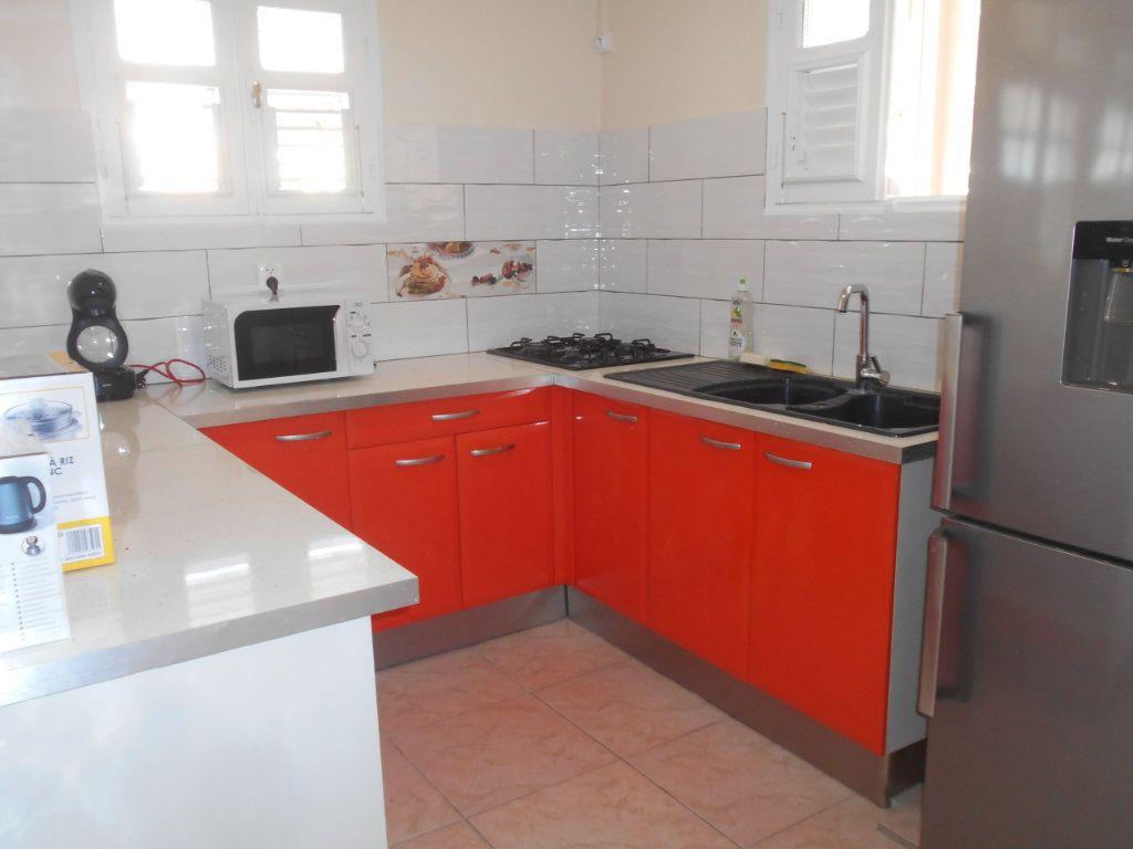 Appartement à louer 4 74.5m2 à Sainte-Luce vignette-7