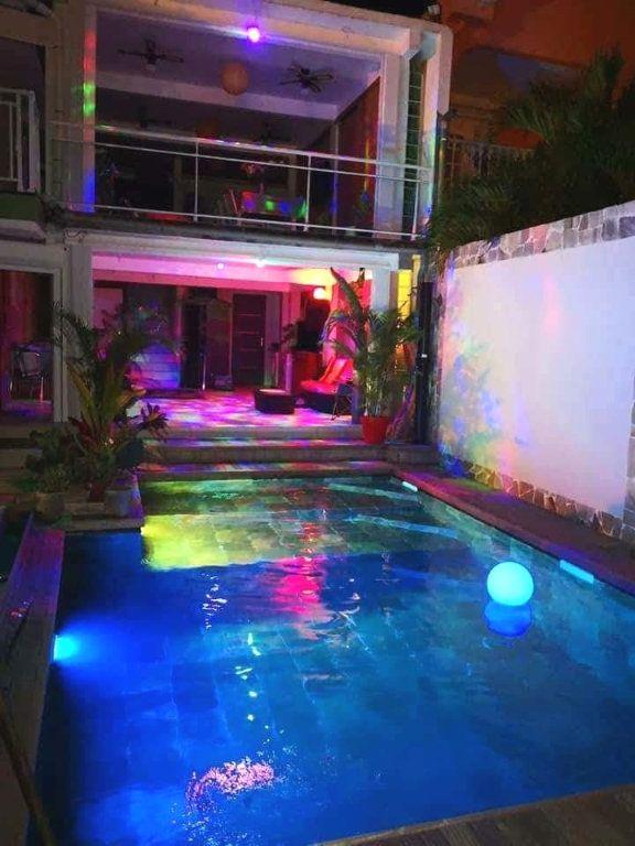 Maison à vendre 8 220m2 à Sainte-Luce vignette-3