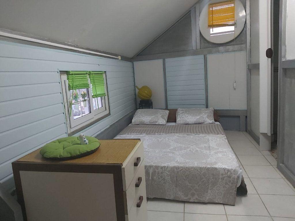 Appartement à louer 2 27.3m2 à Fort-de-France vignette-4