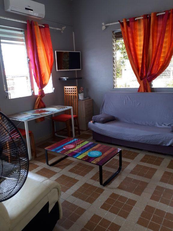 Appartement à louer 2 34.7m2 à Fort-de-France vignette-4