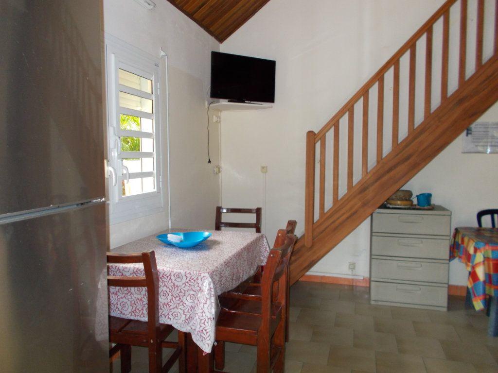 Maison à vendre 3 49.24m2 à Sainte-Anne vignette-2
