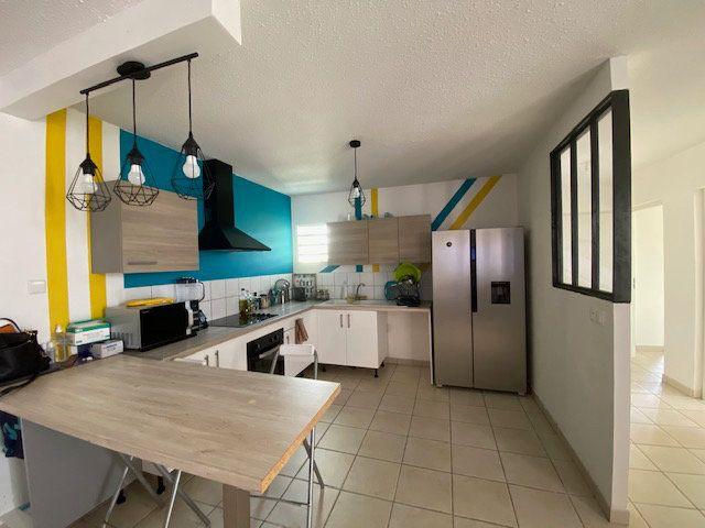 Appartement à vendre 3 72.45m2 à Ducos vignette-1
