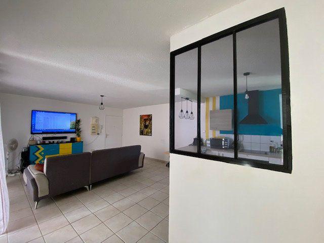 Appartement à vendre 3 72.45m2 à Ducos vignette-4