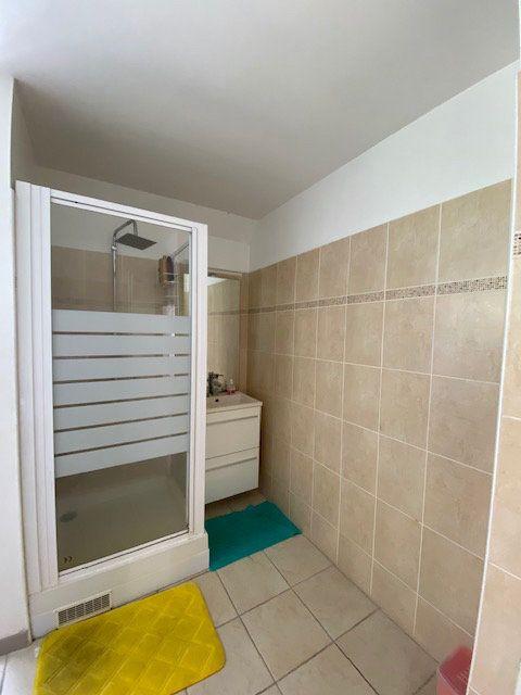 Appartement à vendre 3 72.45m2 à Ducos vignette-11