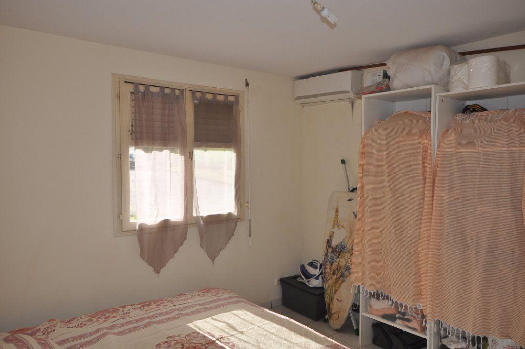 Appartement à vendre 3 71.18m2 à Le Lamentin vignette-2