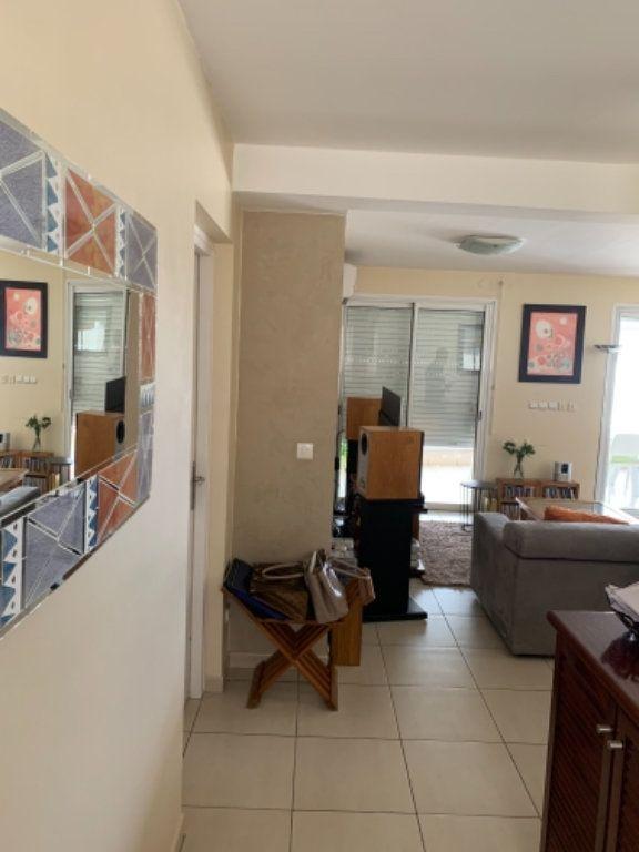 Appartement à vendre 5 120.2m2 à Schoelcher vignette-4
