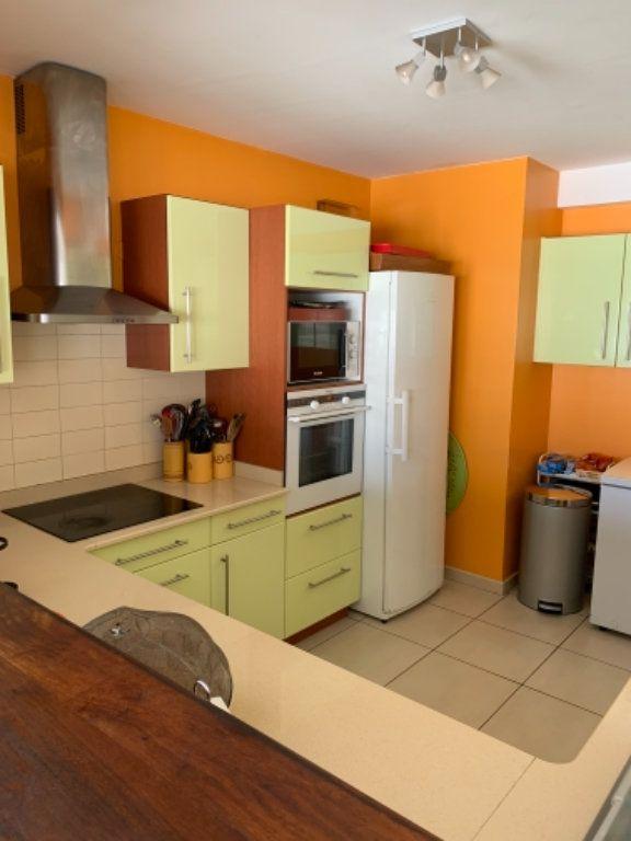 Appartement à vendre 5 120.2m2 à Schoelcher vignette-9