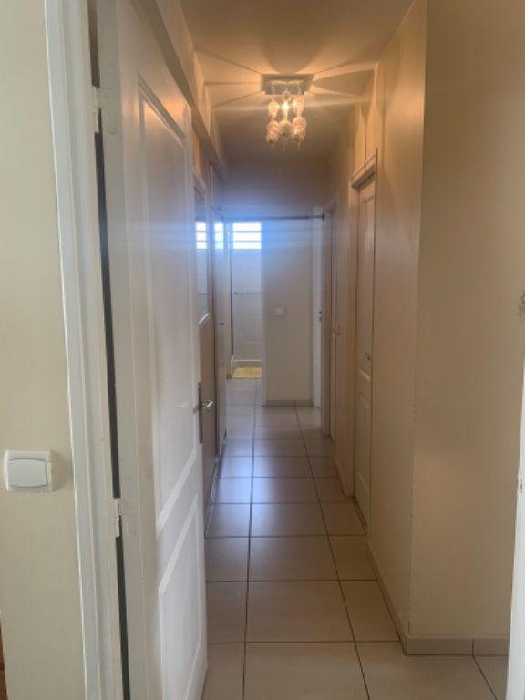 Appartement à vendre 5 120.2m2 à Schoelcher vignette-13