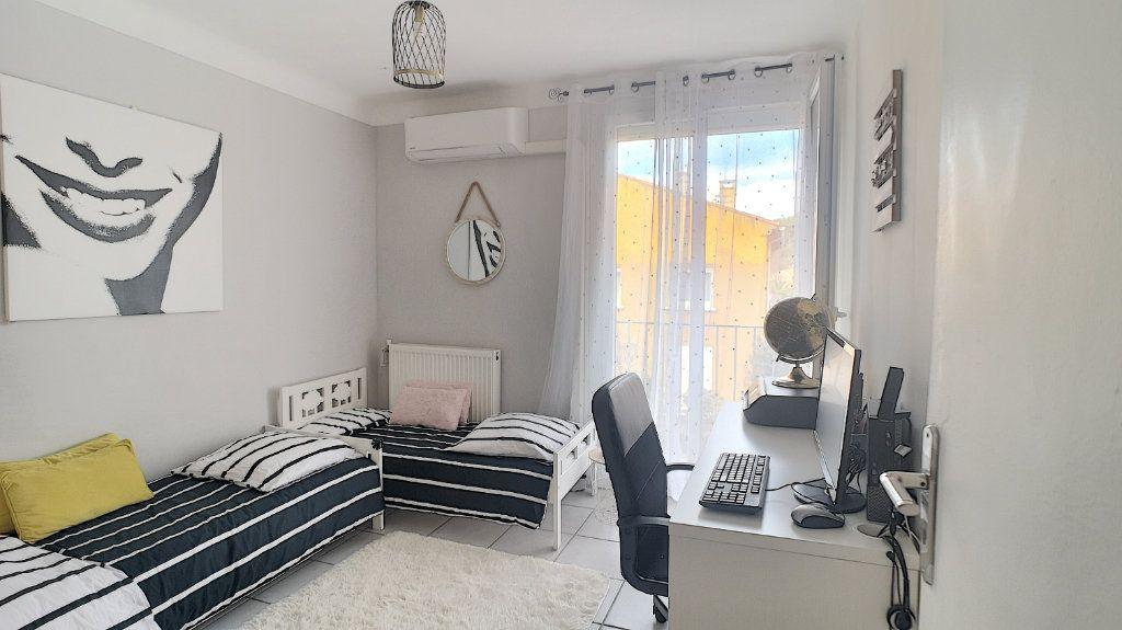 Appartement à vendre 3 64.49m2 à Le Pontet vignette-6