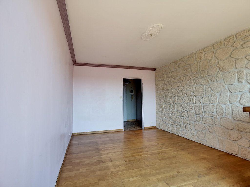 Appartement à vendre 4 81.69m2 à Le Pontet vignette-3