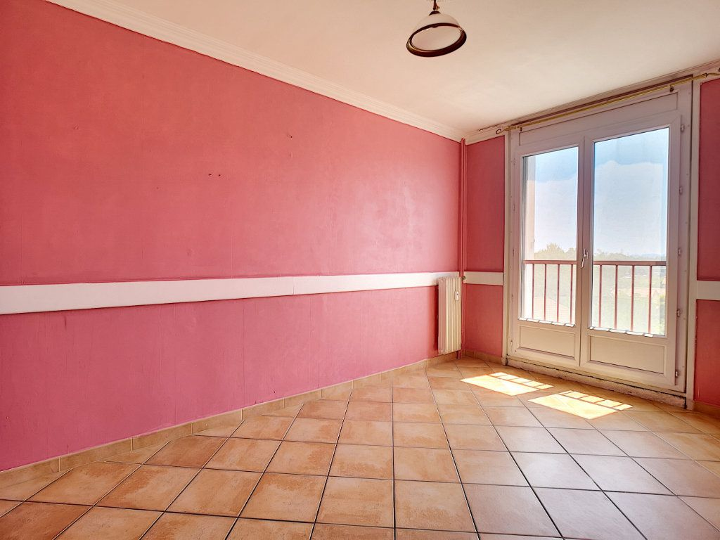 Appartement à vendre 4 81.69m2 à Le Pontet vignette-5