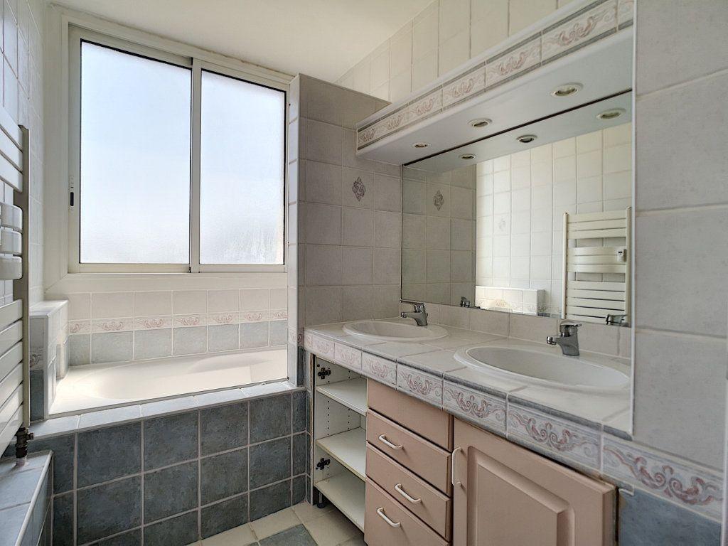 Appartement à vendre 4 81.69m2 à Le Pontet vignette-6