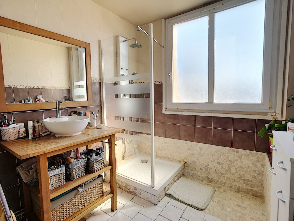 Appartement à vendre 5 100.13m2 à Le Pontet vignette-5