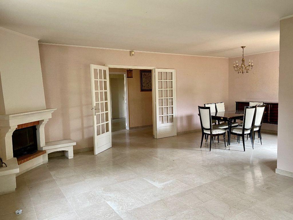 Maison à vendre 5 139m2 à Le Pontet vignette-3