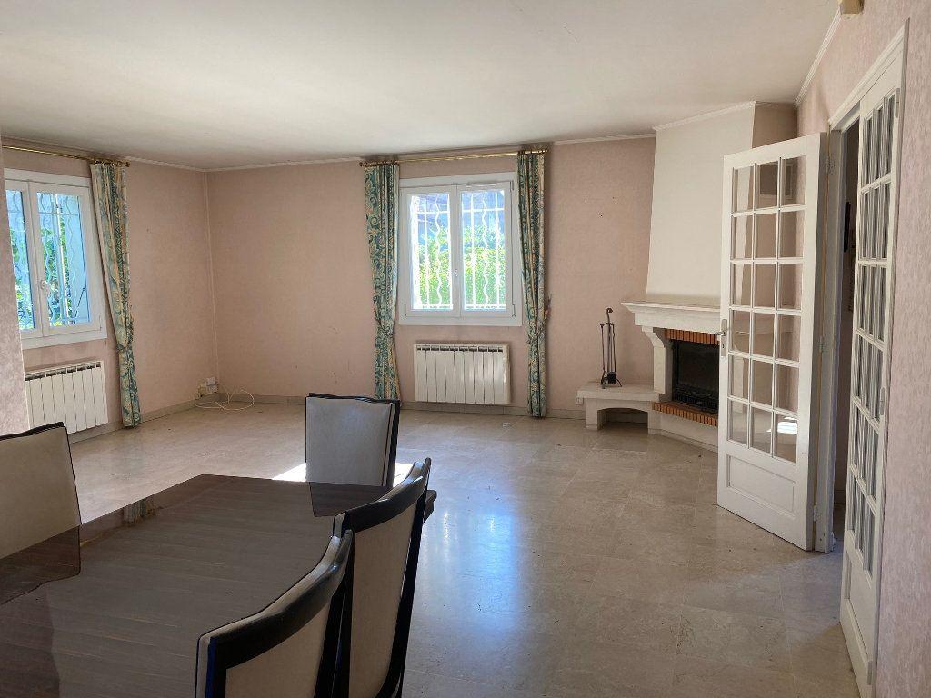 Maison à vendre 5 139m2 à Le Pontet vignette-7