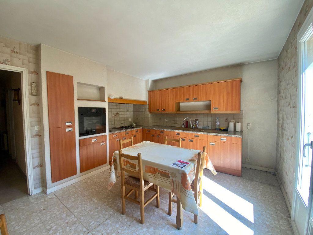 Maison à vendre 5 139m2 à Le Pontet vignette-8