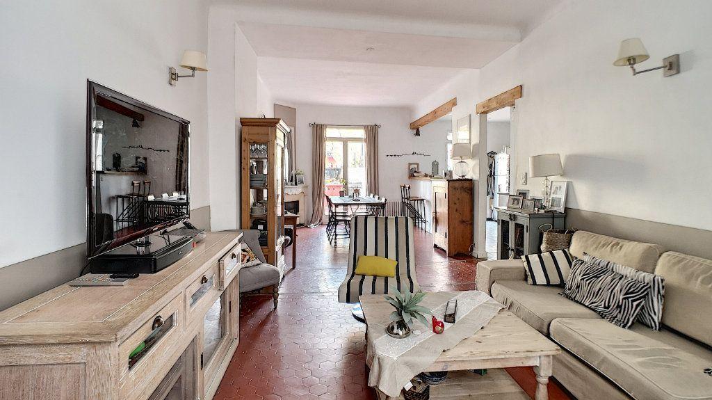 Maison à vendre 6 120m2 à Avignon vignette-1