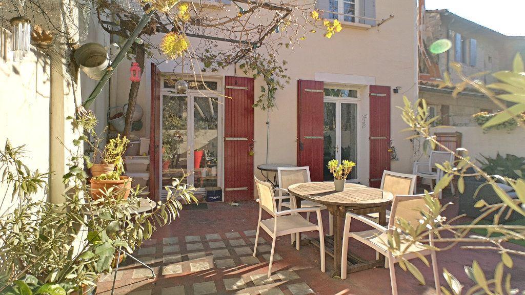 Maison à vendre 6 120m2 à Avignon vignette-2