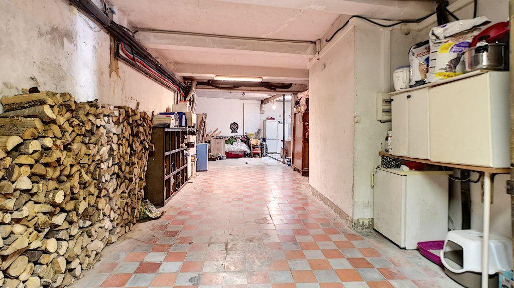 Maison à vendre 6 120m2 à Avignon vignette-4